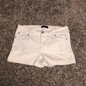 White jean shorts in 7/28